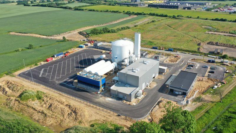 Das Bild zeigt die energieflexible Luftzerlegungsanlage von Linde in Dänemark.
