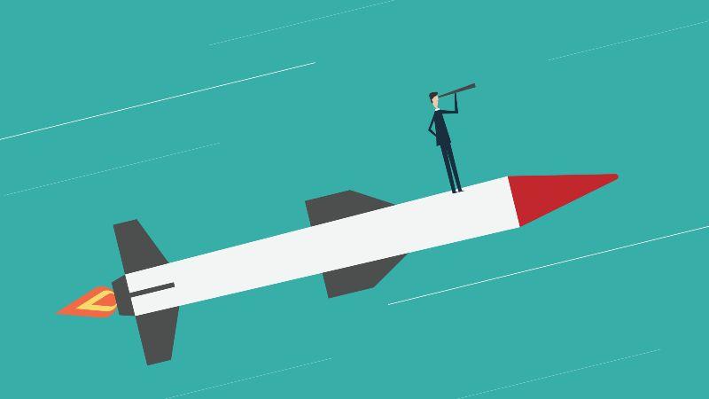 Das Bild zeigt die Zeichnung eines Mannes auf einer Rakete, der mit einem Fernglas in die Ferne schaut.