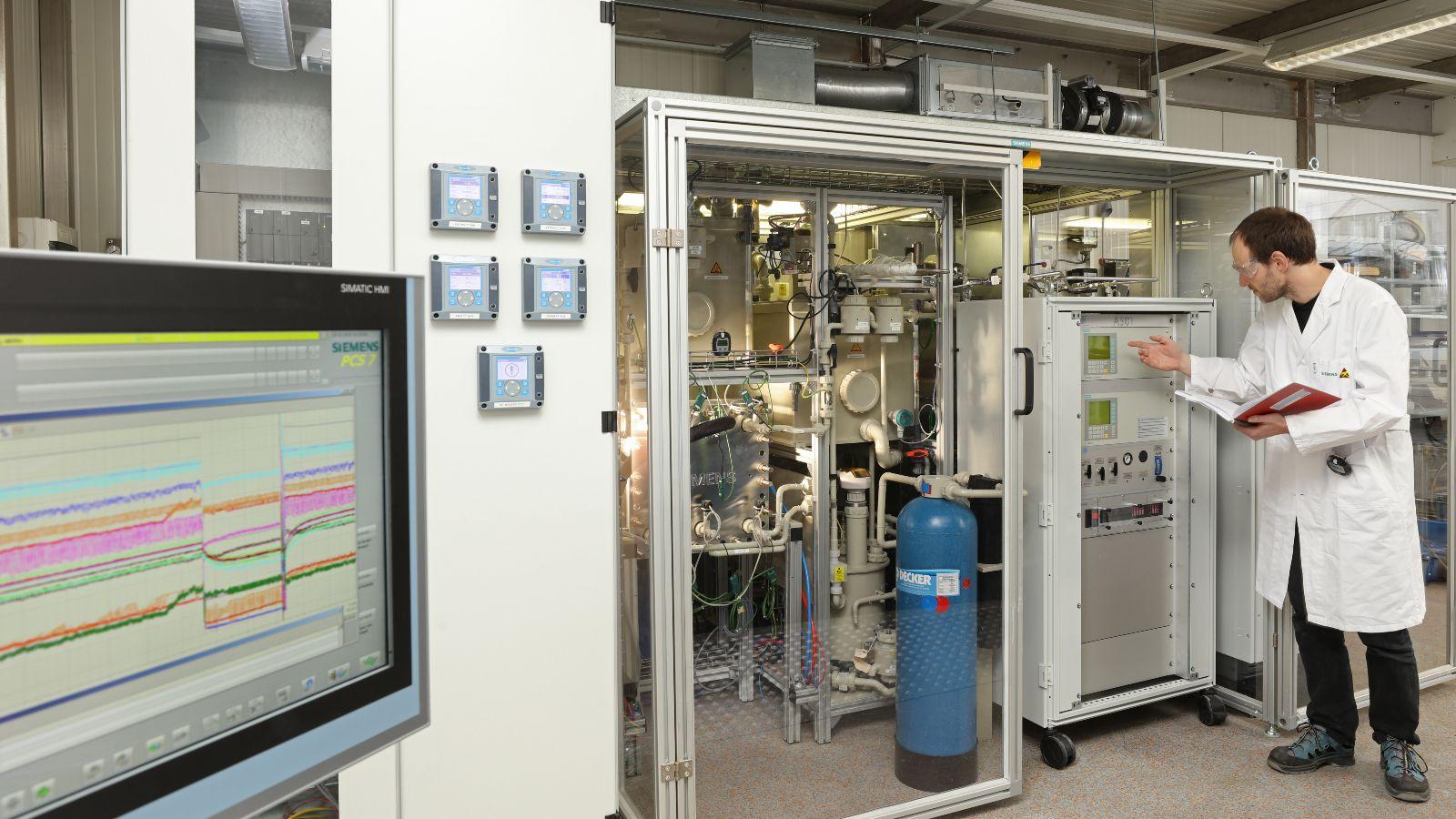 Das Bild zeigt einen Ko-Elektrolyseur von Siemens.