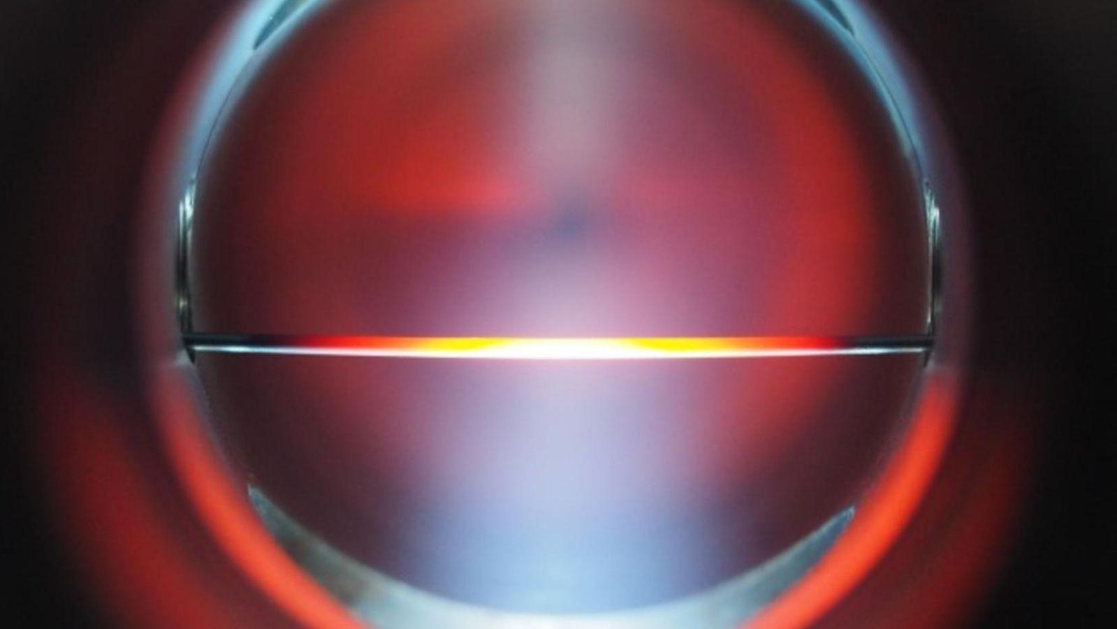 Das Bild zeigt einen Plasmastrahl.